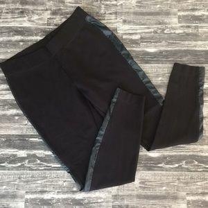 WHBM size small Regular stretch legging Pants